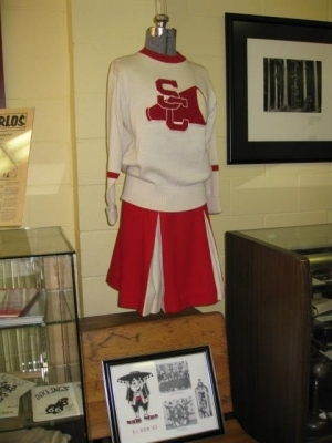Cheerleader outfit on display at the San Carlos Museum.